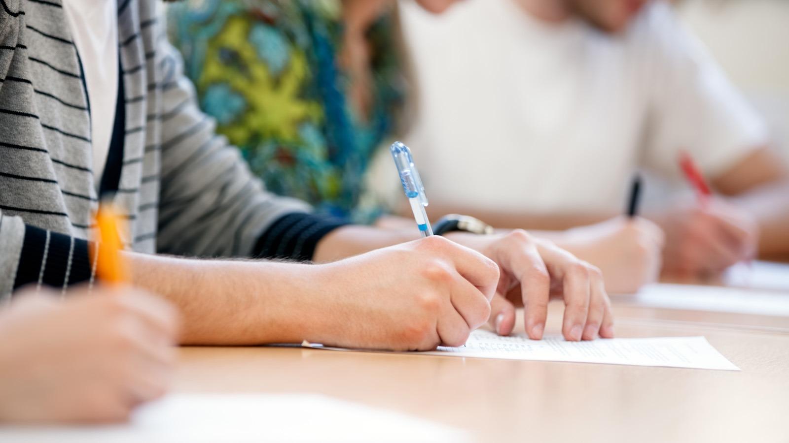 Ara Sınavlara Katılamayan Öğrenciler İçin Mazeret Sınavları Tarihleri